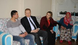 Vali Yavuz Metmet Gül'ü ziyaret etti