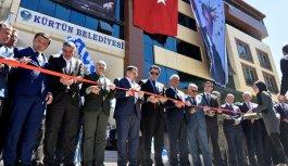Kürtün Belediye'nin yeni hizmet binası açıldı