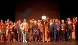 Trabzon'da Kanuni Defilesi İzleyenleri Büyüledi