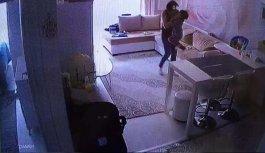 Evine taktırdığı kamera herşeyi ortaya çıkardı