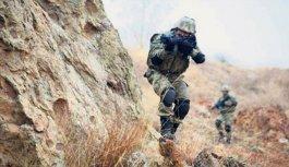 Teröristlerle Çatışma: 1 şehit