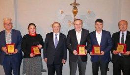 Trabzon'da encümen üyelerine teşekkür plaketi