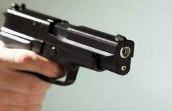 Vahşet: Eşini 2 çocuğunu ve babasını öldürdü
