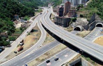 Trabzon'da 23 kilometrede 17 tünel