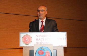 Türk Dil Kurumu'nun başkanı değişti