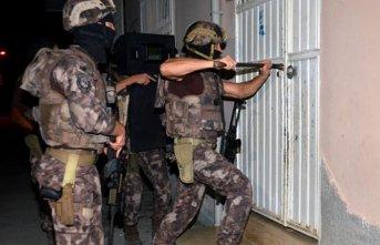 Şafak operasyonuyla gözaltına alındılar
