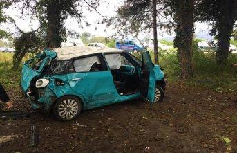 Otomobil şarampole yuvarlandı : 1 ölü