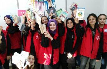 Öğrenciler 2 bin kitap topladı