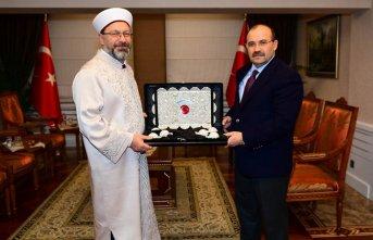 Diyanet İşleri Başkanı Erbaş Trabzon'da