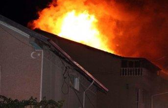 Ünye'de çatı yangını