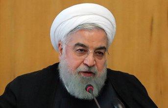 """Ruhani: """"ABD İran'ın petrol ihracatını..."""
