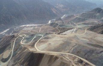 Yusufeli Barajı'nda çalışmalar sürüyor
