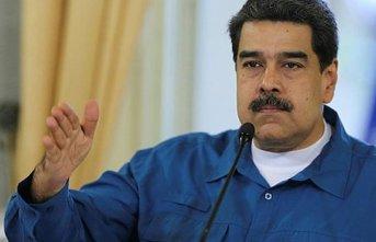 Maduro sınırı kapattı
