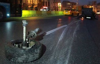 İstanbul'da kaza! Otomobil...