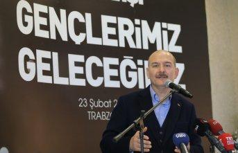 Soylu Trabzon'da gençlerle buluştu