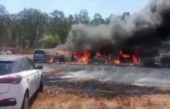 Yangında 300 araç yandı