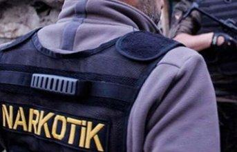 Uydu alıcısından bin 925 uyuşturucu hap çıktı