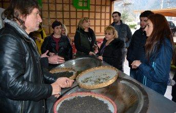 Türk çayı horonla Avrupa yolunda
