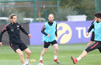 Trabzonspor milli futbolcularını yakından takip edecek