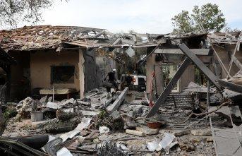 İsrail Gazze sınırına asker yığıyor