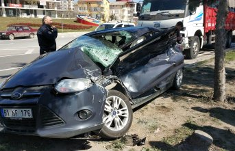 Trabzon'dan Samsun'a gidiyorlardı! Feci kazada 4 yaralı!