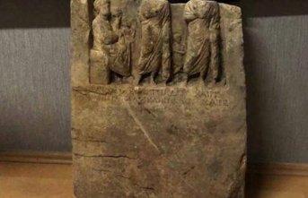 2000 yıllık tarihi eseri satarken yakalandılar!