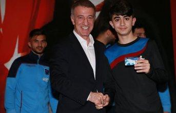 """Ahmet Ağaoğlu: """"Gençlerimize güveniyoruz"""""""