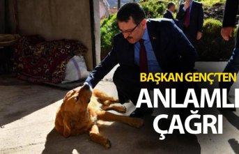 Ahmet Metin Genç'ten anlamlı çağrı