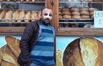 Ucuz ekmek sattığı için darp ettiler!