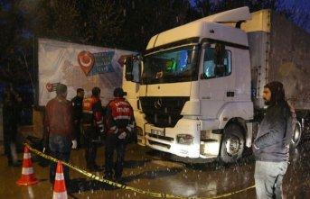 Bayburt'ta TIR şoförü aracında ölü bulundu