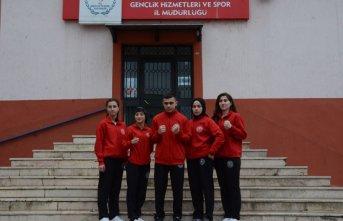 Türkiye' yi Rusya'da temsil edecek 5 sporcu yola çıktı