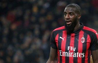 AC Milan'dan antrenmana geç kalan oyuncusuna...