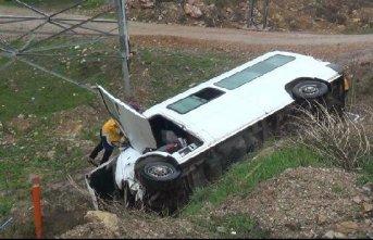 Bayburt'ta korkutan kaza! 12 yaralı!