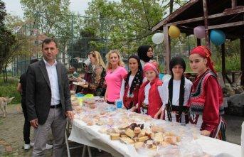 Trabzon Üniversitesi kampüsünde köy pazarı