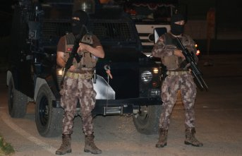 Adana polisi gece gündüz demeden çalışıyor