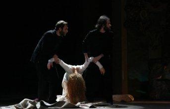 Karadeniz Tiyatro Festivali'nde bugün!