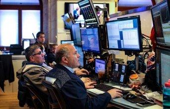 Küresel piyasalar ticaret endişeleri ile negatif...