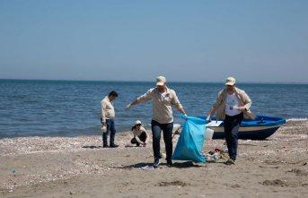 Doğa Dostu Araslar Samsun kıyılarını temizledi