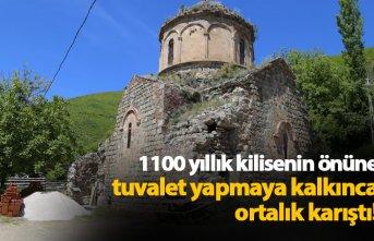 Bin 100 yıllık kilisenin önüne tuvalet yapmaya kalktı ortalık karıştı