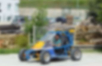 Lise öğrencisi kendi otomobilini üretti