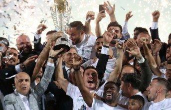 Süper Lig'e çıktılar kadrolarında futbolcu kalmadı!