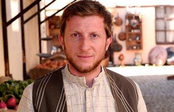 Trabzonlu oyuncu Ömür Arpacı'ya hırsız şoku