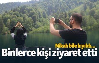 Karadeniz'deki gölü bayramda binlerce kişi...