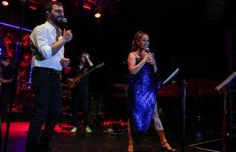 Mehmet Erdem ve Aşkın Nur Yengi yeni düet parçasıyla...