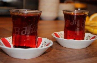 Erzurum'da çay ocağına Starbucks modeli
