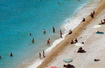 Suriyelilere plaj yasaklandı!