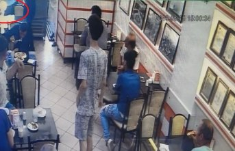 Garsondan müşteriye ayran dayağı