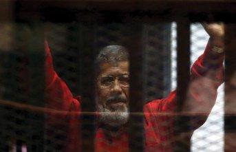 Mursi hayatını kaybetti