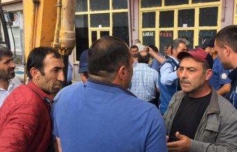 İki ortak arasında çıkan kavgayı polisler ayırdı!