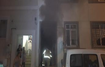 3 katlı binada doğal gaz patlaması!